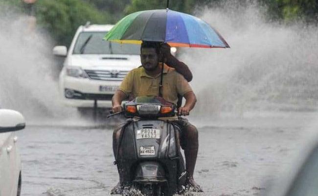 Rain Alert :  पंजाब से लेकर हिमाचल और उत्तराखंड तक भारी बारिश और बाढ़ का कहर, स्कूल-कॉलेज बंद और सेना अलर्ट पर