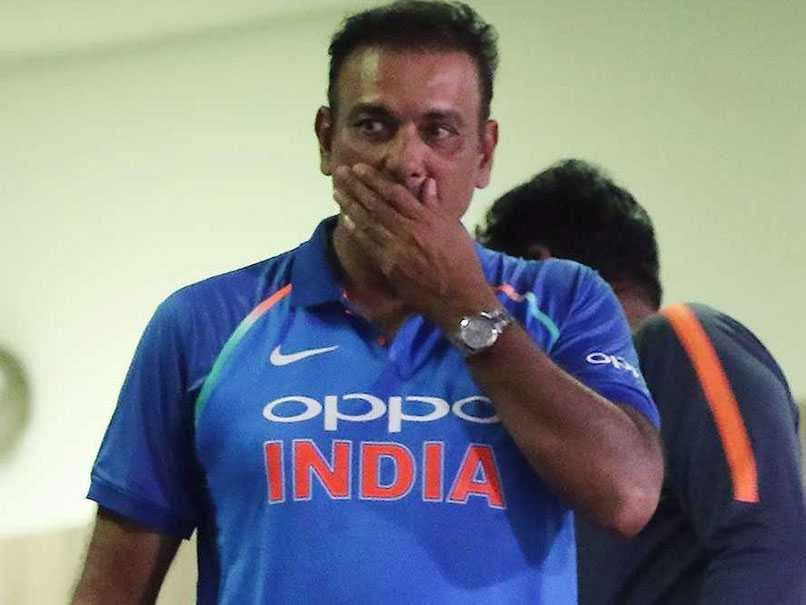 इंग्लैंड दौरे के बाद आलोचना से घिरे टीम इंडिया के कोच रवि शास्त्री ने BCCI से किया यह आग्रह...