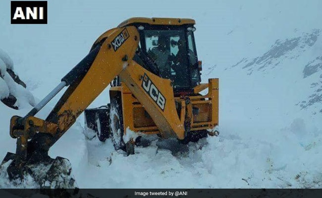 45 IIT Students, On A Trek, Stranded In Himachal Due To Bad Weather
