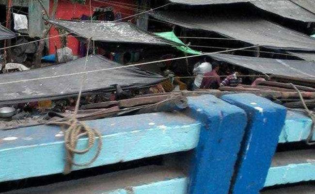 Chetla Bridge: এবার চেতলায় ভাঙল  কংক্রিটের স্ল্যাব