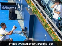 A Proposal On The Tennis Court! Yecong He Gets Down On One Knee In Epic Moment