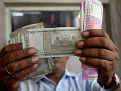 Rupee Extends Gains, Up 6 Paise Against US Dollar In Early Trade