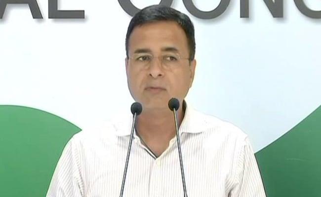 क्या PM मोदी की रैली की वजह से बदला गया चुनाव आयोग के प्रेस कॉन्फ्रेंस का वक्त, कांग्रेस ने EC की स्वतंत्रता पर उठाए सवाल