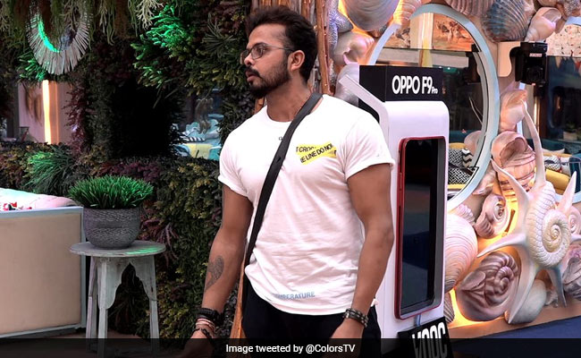 Bigg Boss 12, Day 2, Written Update: S Sreesanth Takes Off Mic, Threatens To Leave The House