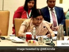 SAARC बैठक में पाक विदेश मंत्री को बगैर सुने निकलीं सुषमा स्वराज, तो पाकिस्तान ने किया सीधा हमला