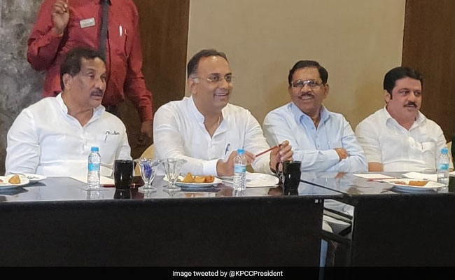 5 Corporators Moved To Bengaluru Resort By Congress For This Election