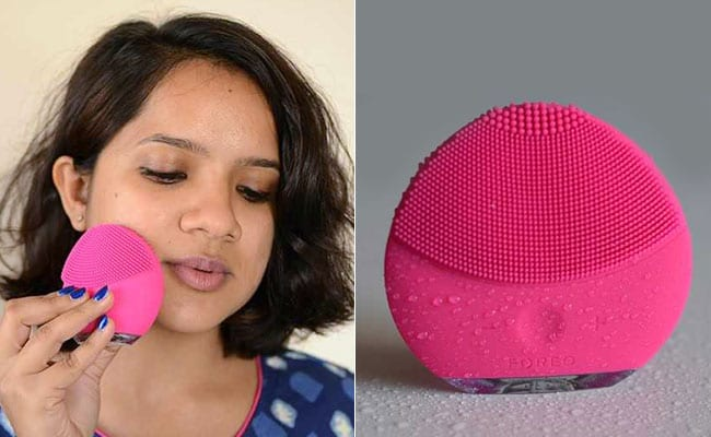 Beauty Review: How The FOREO LUNA Mini 2 Fared On My Oily Skin