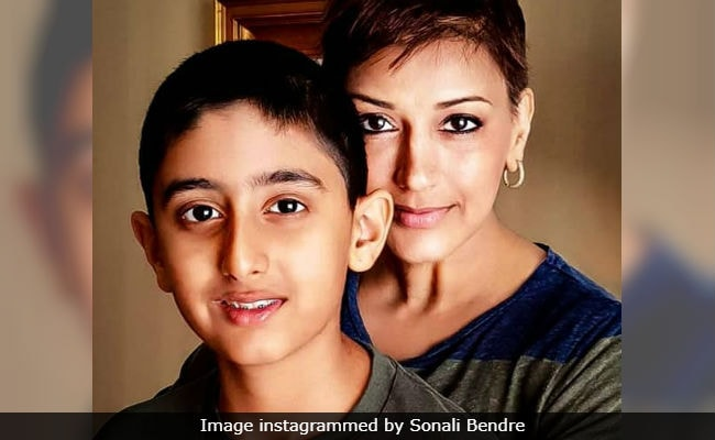 Ganesh Chaturthi 2018: Sonali Bendre, Battling Cancer In New York, Is 'Missing Celebrations Back Home'