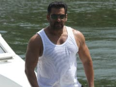 Priyanka Chopra 'Called Up Arpita Thousand Times' Asking For <I>Bharat</i>: Salman Khan