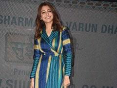 Anushka Sharma Slays This Season's Colour Blocking Trend