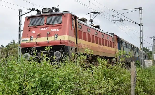 Railway Employees Call For 'Work-To-Rule' Protest From December 11