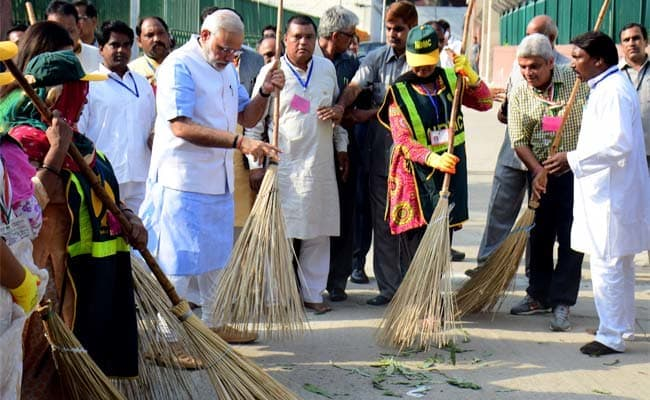 Swachhata Hi Seva LIVE Updates: PM Modi Launches Movement For Clean India