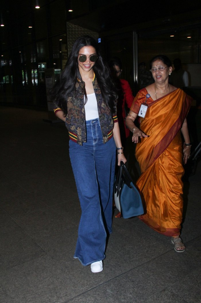 Deepika Padukone Takes A Pair Of Jeans And Makes It Ultra-Cool