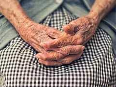 107-Year-Old Maharashtra Woman Beats COVID-19 Weeks After Spine Surgery