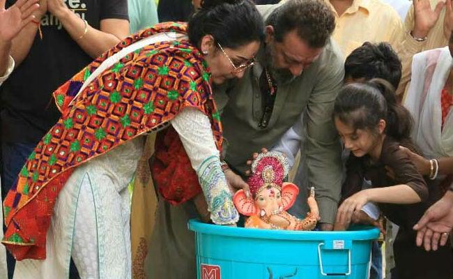 Eco-Friendly Ganpati Visarjan: How Sanjay Dutt Bid Adieu To Bappa With Maanyata And Kids