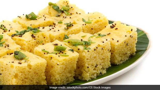 Chilli Cheese Dhokla: Give An Indo-Chinese Twist To Your Regular Dhoklas (Recipe Inside)