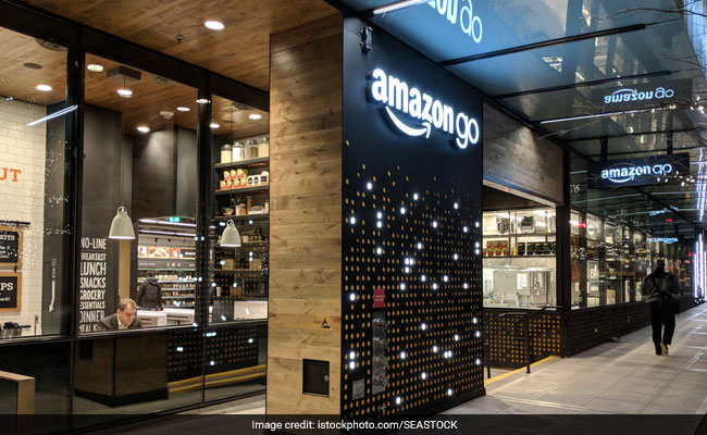 Amazon Will Consider Opening Up To 3,000 Cashierless Stores By 2021