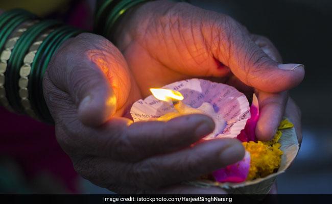 Rishi Panchami 2018: क्यों मनाई जाती है ऋषि पंचमी? जानिए शुभ मुहूर्त, पूजा विधि,व्रत कथा और महत्व