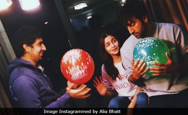 Brahmastra: Alia Bhatt, Ranbir Kapoor And Ayan Mukerji In 'Hakuna Matata' Mode