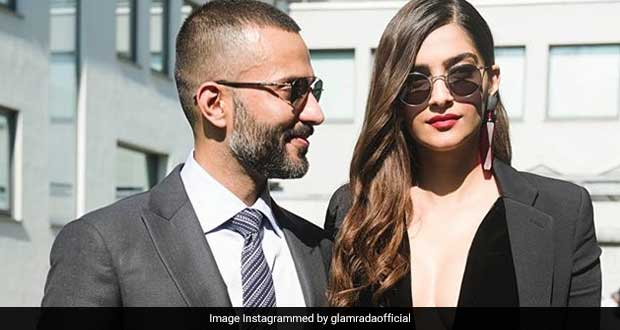 This Desi Superfood Is Sonam Kapoor Ahuja's Favourite Travel Snack!