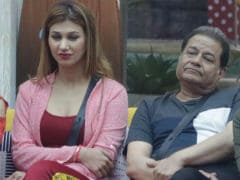 <i>Bigg Boss 12</i>: Anup Jalota And Jasleen Matharu's Relationship Status Shocks Her Family, Father Says 'Won't Approve'