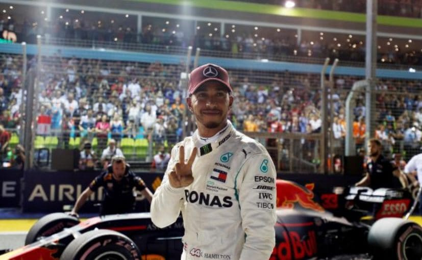 Lewis Hamilton bags the pole position at the Singapore Grand Prix in his Mercedes