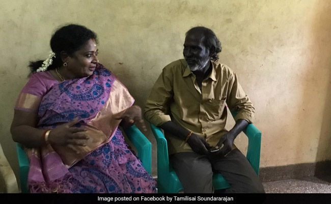 Tamil Nadu BJP Chief Shows Up At Assaulted Auto Driver's Home With Sweets