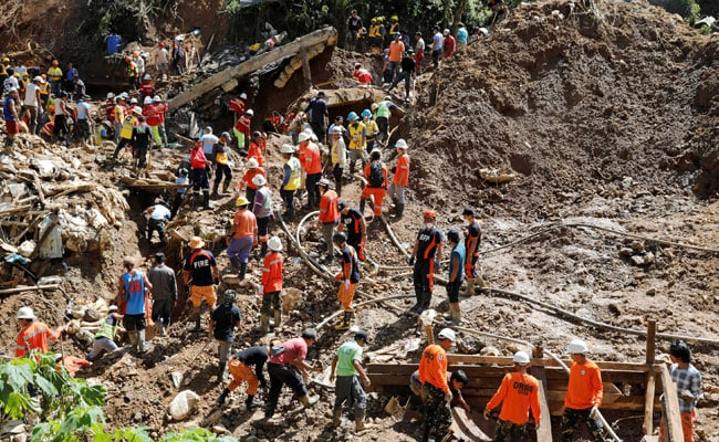 3 Dead, 10 Homes Buried In Philippine Monsoon Landslide