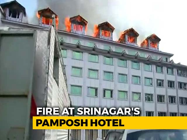 Video : Fire Breaks Out At Six-Storey Hotel In Srinagar's Busy Regal Chowk