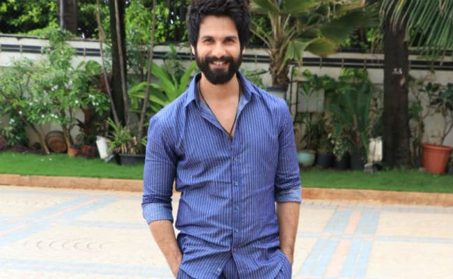 Shahid Kapoor Reveals Why He Can 'Never Match Up' To His 'Extremely Brilliant' Dad Pankaj Kapur's Level