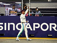 Lewis Hamilton Scorches To Pole For Singapore Grand Prix