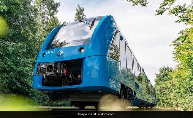 'Greener, Quieter': Germany Unveils World's First Hydrogen-Powered Train
