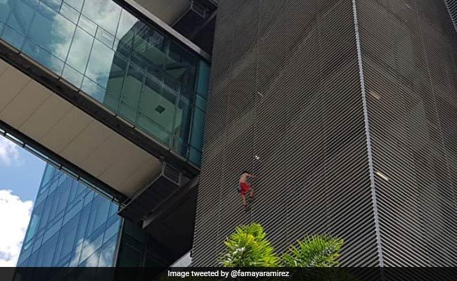 इस देश में देखा गया 'स्पाइडरमैन', चढ़ता दिखा 12 मंजिली इमारत पर तो पुलिस ने किया ऐसा