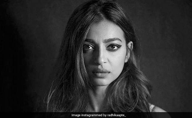 Radhika Apte 'Admires' Priyanka Chopra's 'Battle' Scars