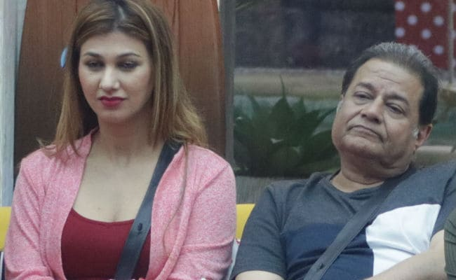 Bigg Boss 12: Anup Jalota And Jasleen Matharu's Relationship Status Shocks Her Family, Father Says 'Won't Approve'