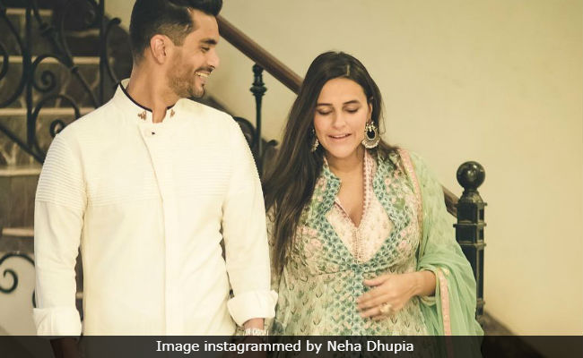 Neha Dhupia Rocks Baby Bump In Adorable Ganesh Chaturthi Post