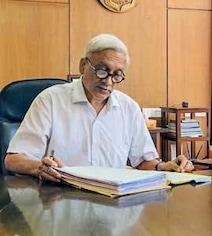 गोवा कांग्रेस का आरोप, अस्पताल से 'लोगों को धमका' रहे हैं CM मनोहर पर्रिकर