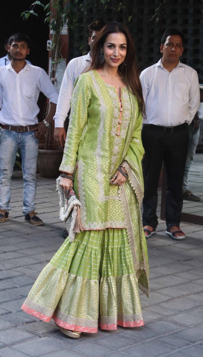 From Kareena Kapoor To Malaika Arora, 11 Fabulously Festive Celebrity Looks-2310