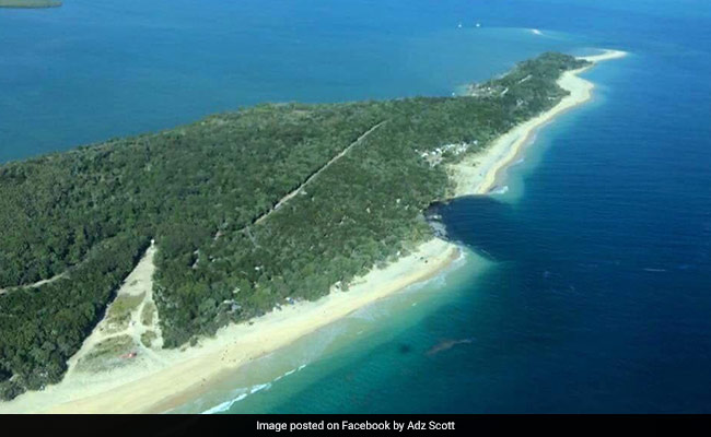 Section Of Beach In Australia's Queensland Collapses Into Sea
