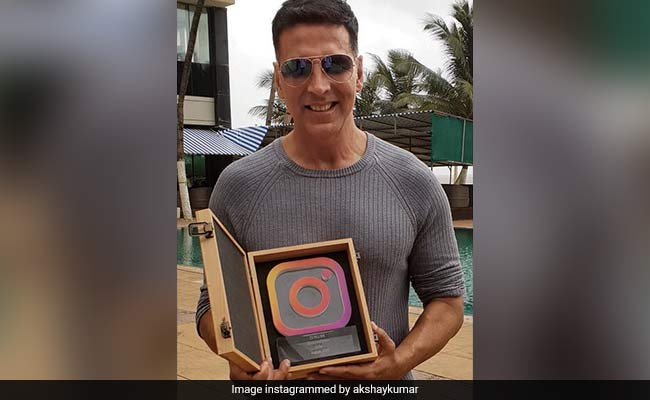 On Akshay Kumar's Birthday, Home Minister Rajnath Singh Tweets Greetings