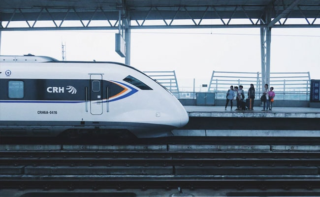 China Launches Driverless Bullet Train With Speeds Up To 350 Kmph - NDTV News thumbnail