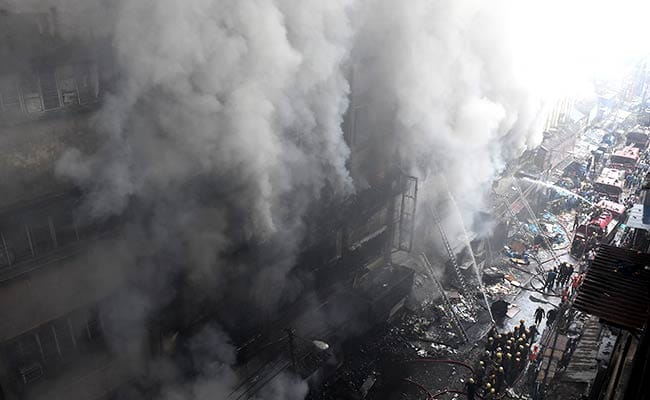 Fire Still Raging In Bagri Market, Firemen May Take Hours To Tame Flames