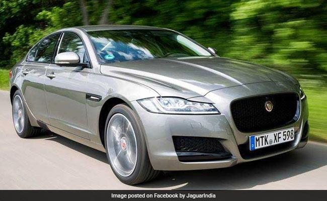 Man Rams Jaguar On Divider After Peeping Out To Spit Gutkha, Injured