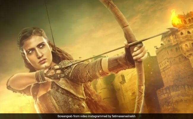 Thugs of Hindostan: आमिर खान ने दी चेतावनी, फातिमा सना शेख के निशाने से बचकर रहना...