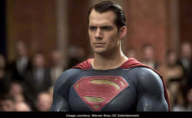 Henry Cavill Might Be Hanging Up Superman's Cape