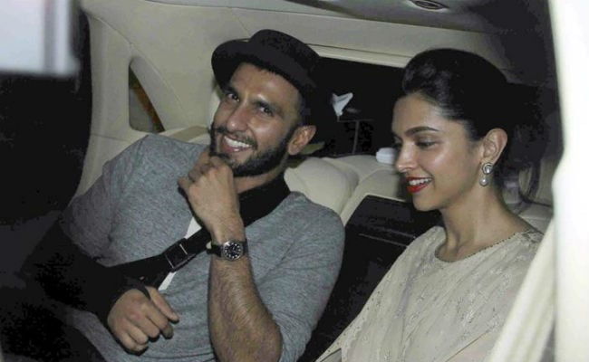 'Ranveer Singh, Shaadi Kab Hai?': Actor Caught Off Guard By Tanmay Bhat's No-Filter Mode