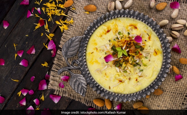 Maharashtra's Puri Basundi Recipe: Is It A Dessert Or A Snack? Eat, Relish And Decide!
