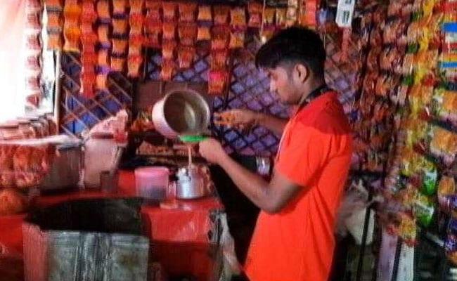 Asian Game Bronze Medal Winner Goes Back To Selling Tea For A Living
