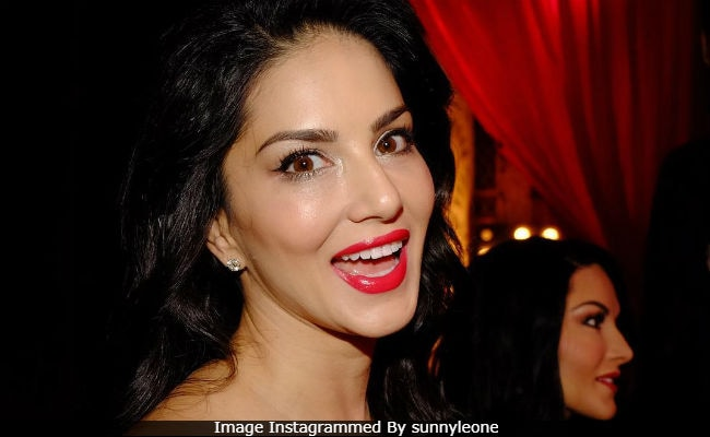 'The Craziness And Hysteria' At Sunny Leone's Wax Statue Launch At Madame Tussauds Delhi