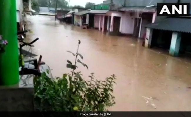 Weather Report : ओडिशा  में चक्रवाती तूफान से भारी बारिश,  दिल्ली सहित कई राज्यों में भारी बारिश की चेतावनी, जानें अपने राज्य का हाल